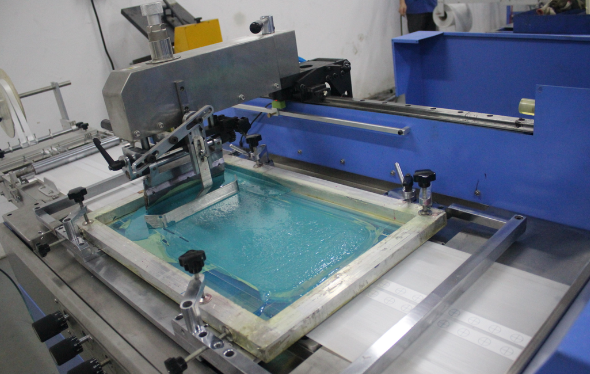 New type Multi Color Label ribbons screen printing machine